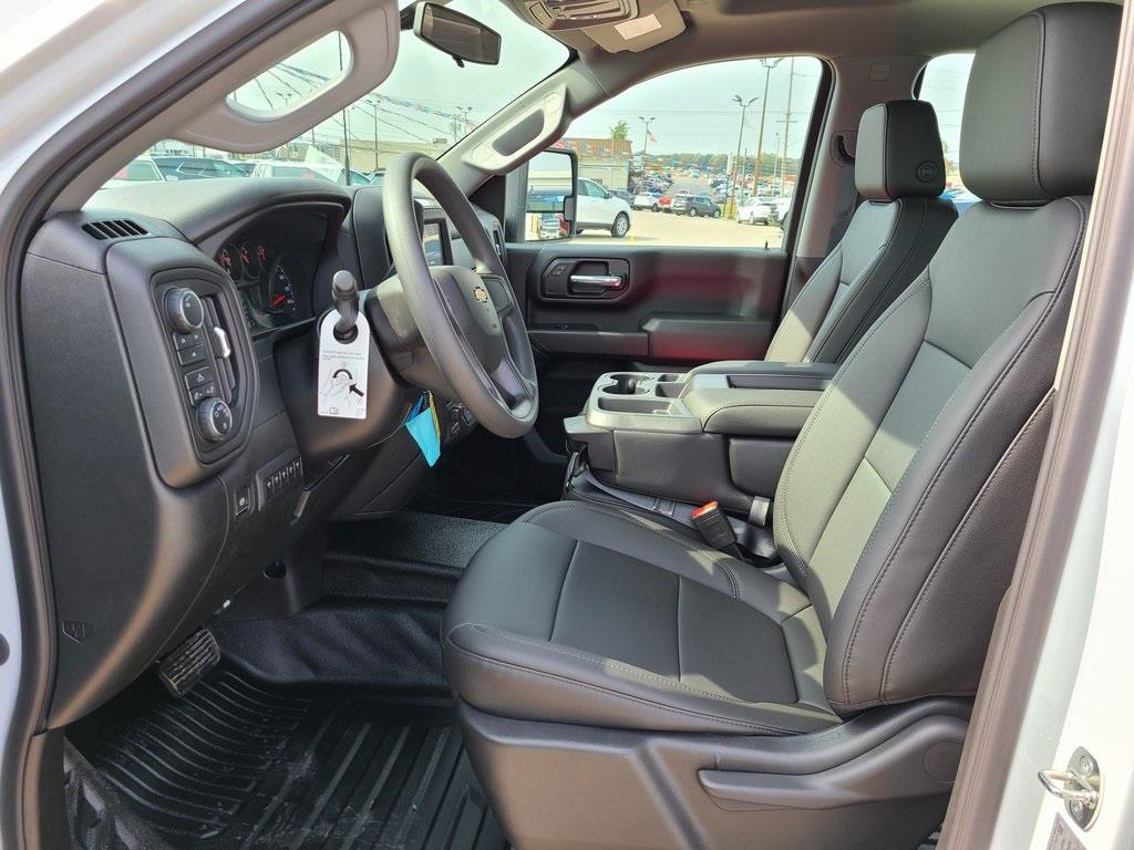2020 Chevrolet Silverado 3500 Crew Cab DRW 4x4, Reading Service Body #F8689 - photo 11