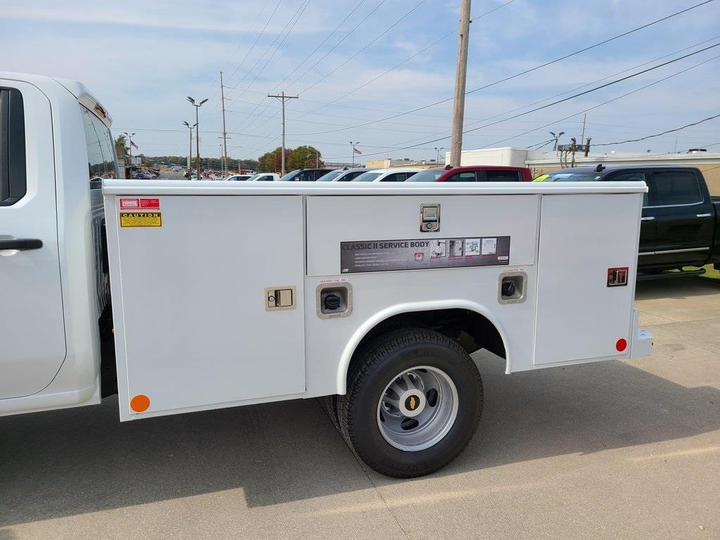 2020 Chevrolet Silverado 3500 Crew Cab DRW 4x4, Reading Service Body #F8689 - photo 5
