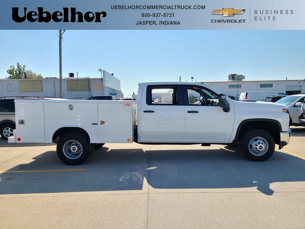 2020 Chevrolet Silverado 3500 Crew Cab DRW 4x4, Reading Service Body #F8690 - photo 1