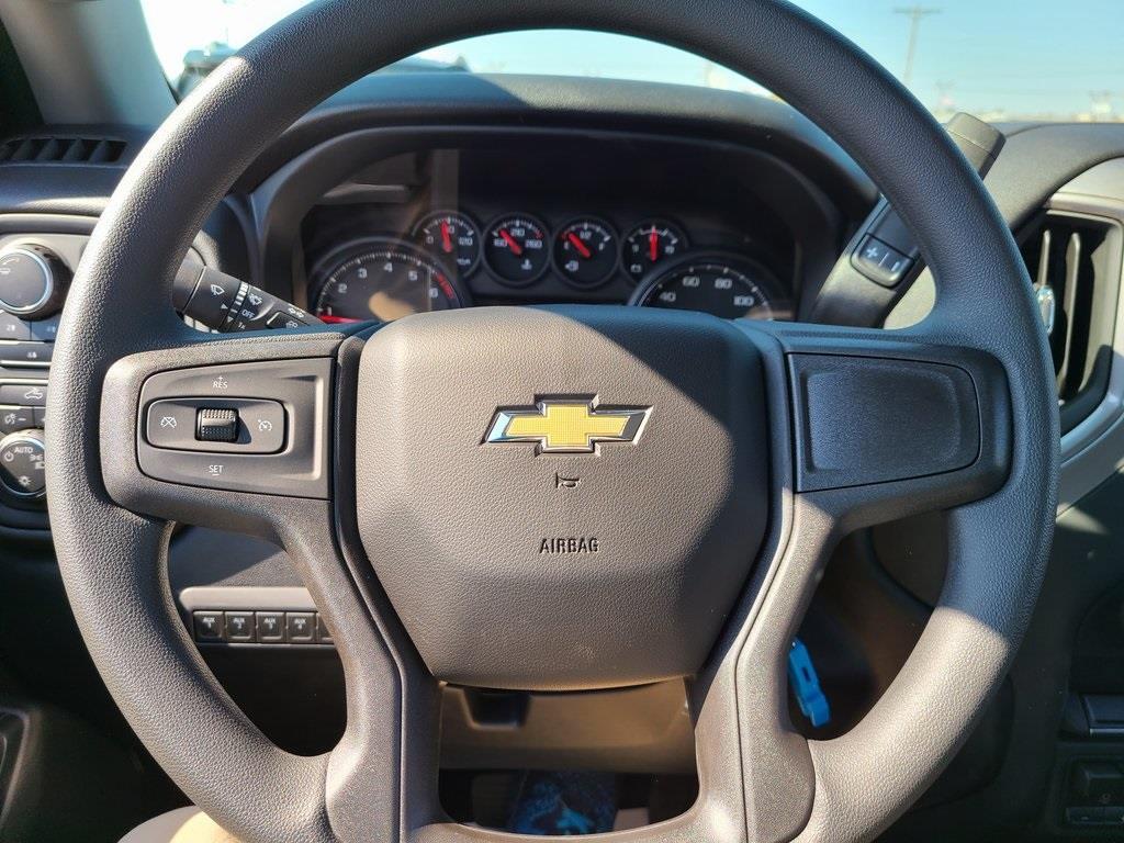 2020 Chevrolet Silverado 3500 Crew Cab DRW 4x4, Reading Service Body #F8690 - photo 13