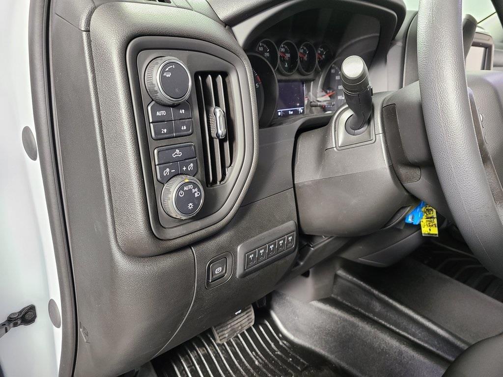 2020 Chevrolet Silverado 2500 Crew Cab 4x4, Reading SL Service Body #F8919 - photo 12