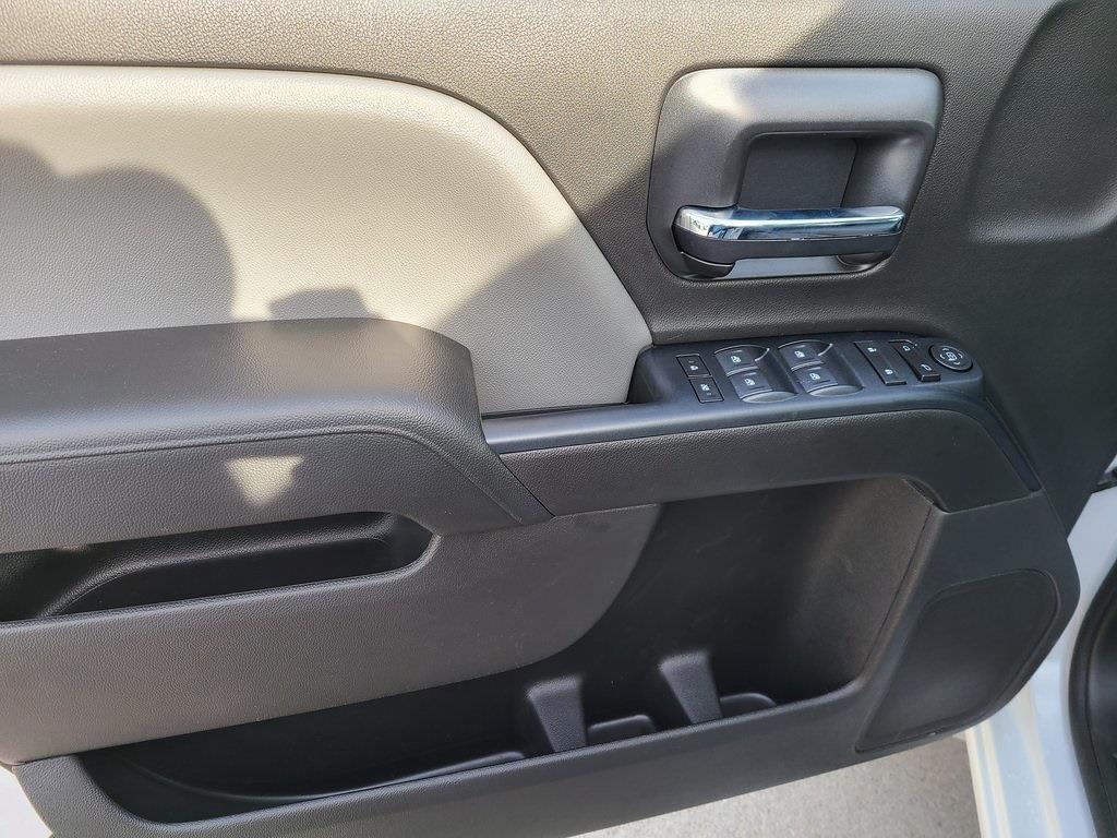 2020 Chevrolet Silverado 4500 Crew Cab DRW 4x2, Reading SL Service Body #ZT10118 - photo 8