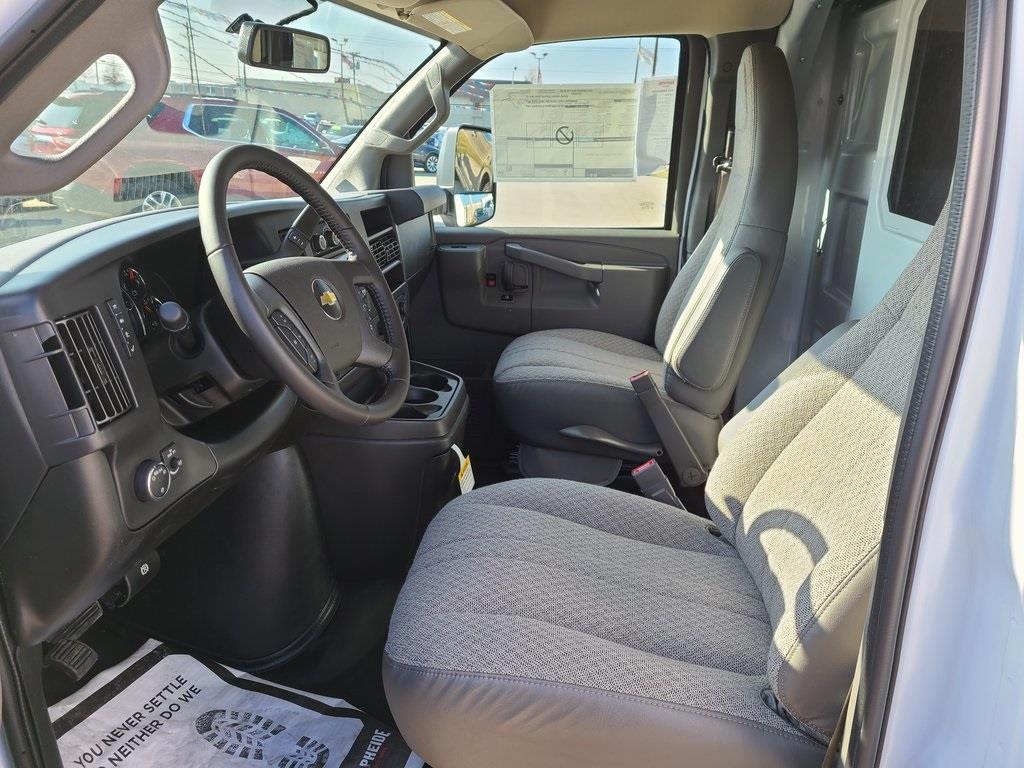 2021 Chevrolet Express 3500 4x2, Knapheide KUV Service Utility Van #ZT10239 - photo 9
