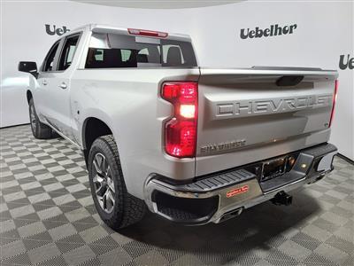 2021 Chevrolet Silverado 1500 Crew Cab 4x4, Pickup #ZT10279 - photo 2