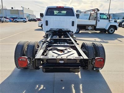 2021 Chevrolet Silverado 6500 Regular Cab DRW 4x2, Cab Chassis #ZT10332 - photo 2