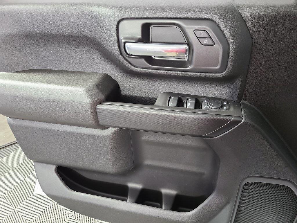 2021 Chevrolet Silverado 2500 Double Cab 4x4, Reading SL Service Body #ZT10349 - photo 9