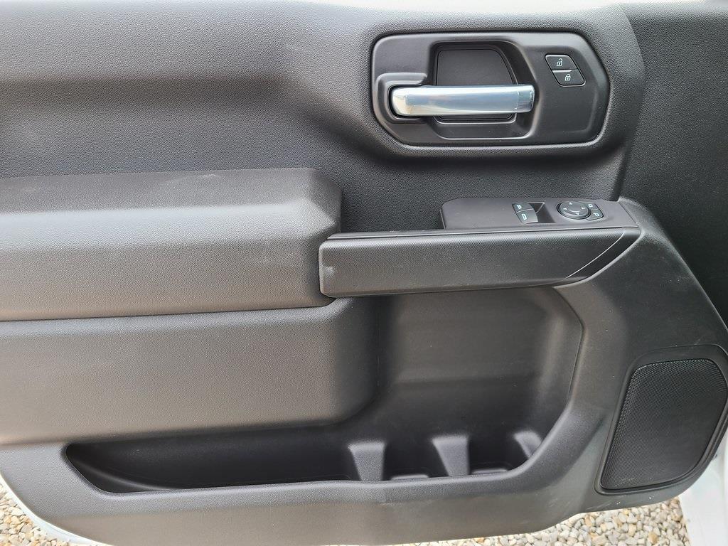 2021 Chevrolet Silverado 3500 Regular Cab 4x4, CM Truck Beds RD Model Platform Body #ZT10380 - photo 6