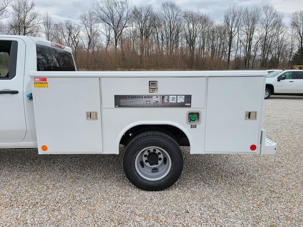 2021 Chevrolet Silverado 3500 Crew Cab 4x4, Reading Classic II Steel Service Body #ZT10394 - photo 5