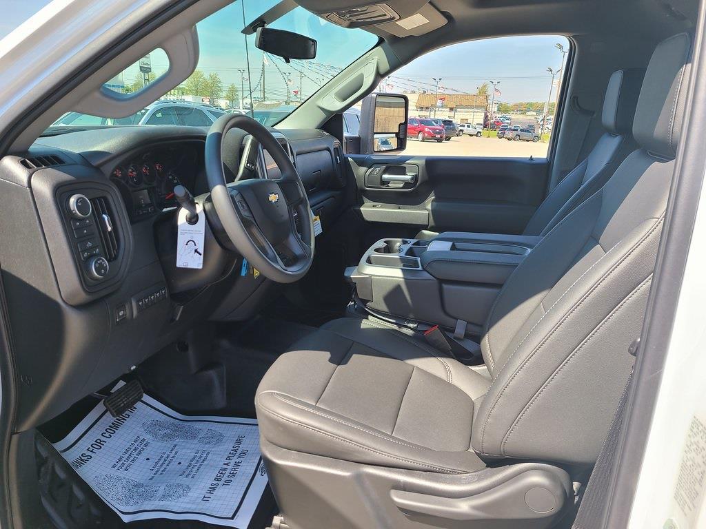2021 Chevrolet Silverado 3500 Regular Cab 4x4, CM Truck Beds RD Model Platform Body #ZT10427 - photo 8