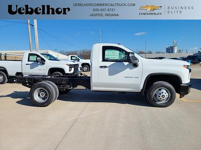 2021 Chevrolet Silverado 3500 Regular Cab 4x4, Cab Chassis #ZT10550 - photo 1