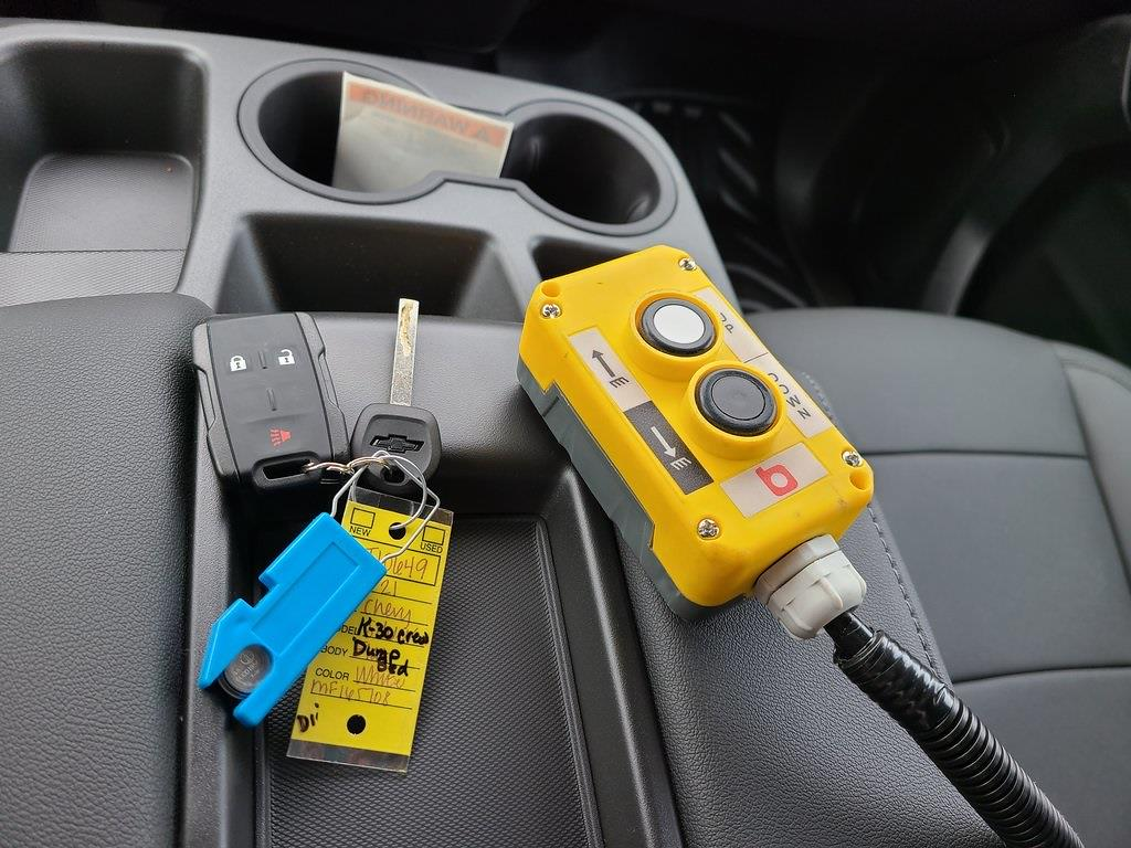2021 Chevrolet Silverado 3500 Crew Cab 4x4, Reading Marauder Dump Body #ZT10649 - photo 16