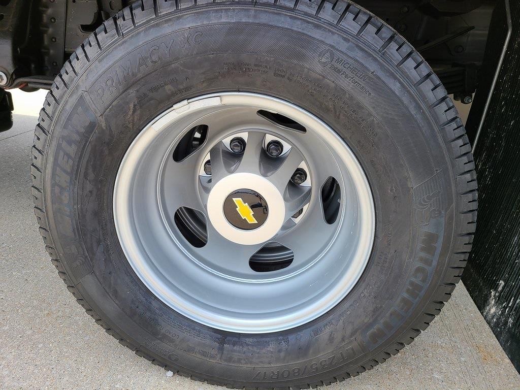 2021 Chevrolet Silverado 3500 Crew Cab 4x4, Hillsboro GII Steel Platform Body #ZT10728 - photo 7