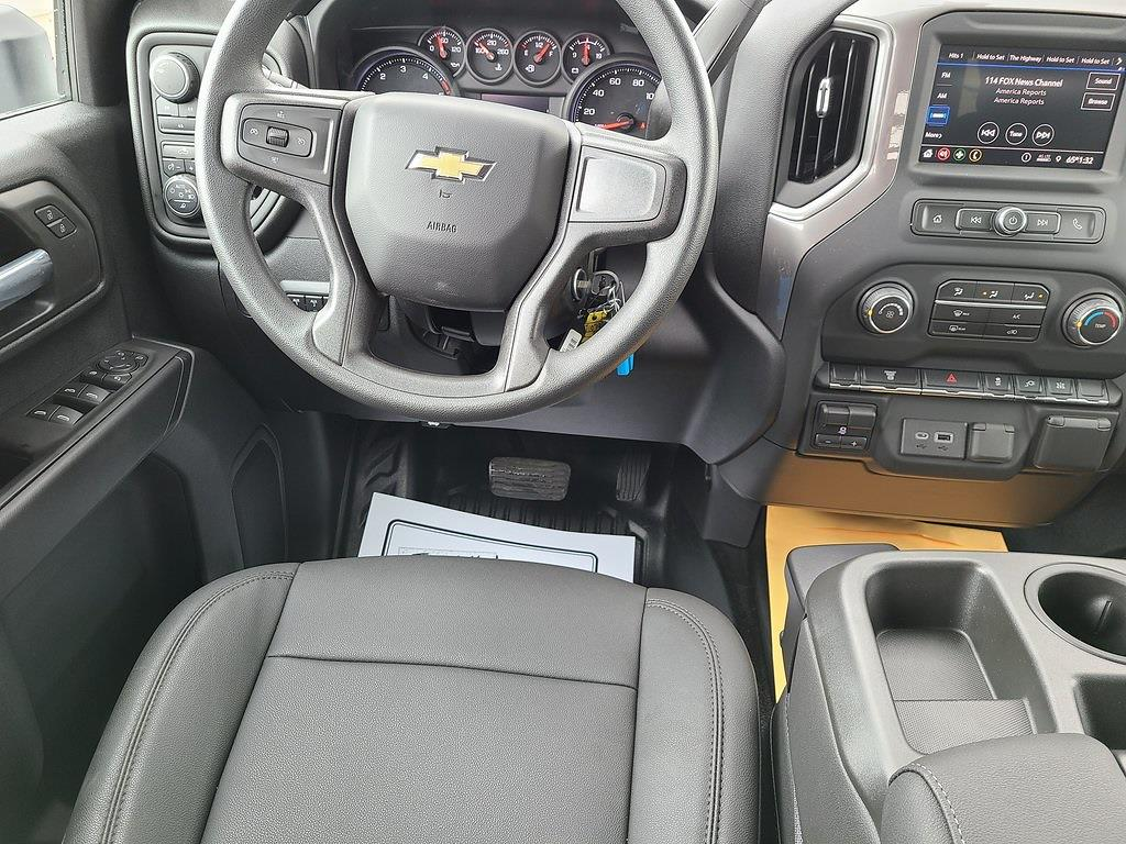 2021 Chevrolet Silverado 3500 Crew Cab 4x4, Hillsboro GII Steel Platform Body #ZT10796 - photo 9