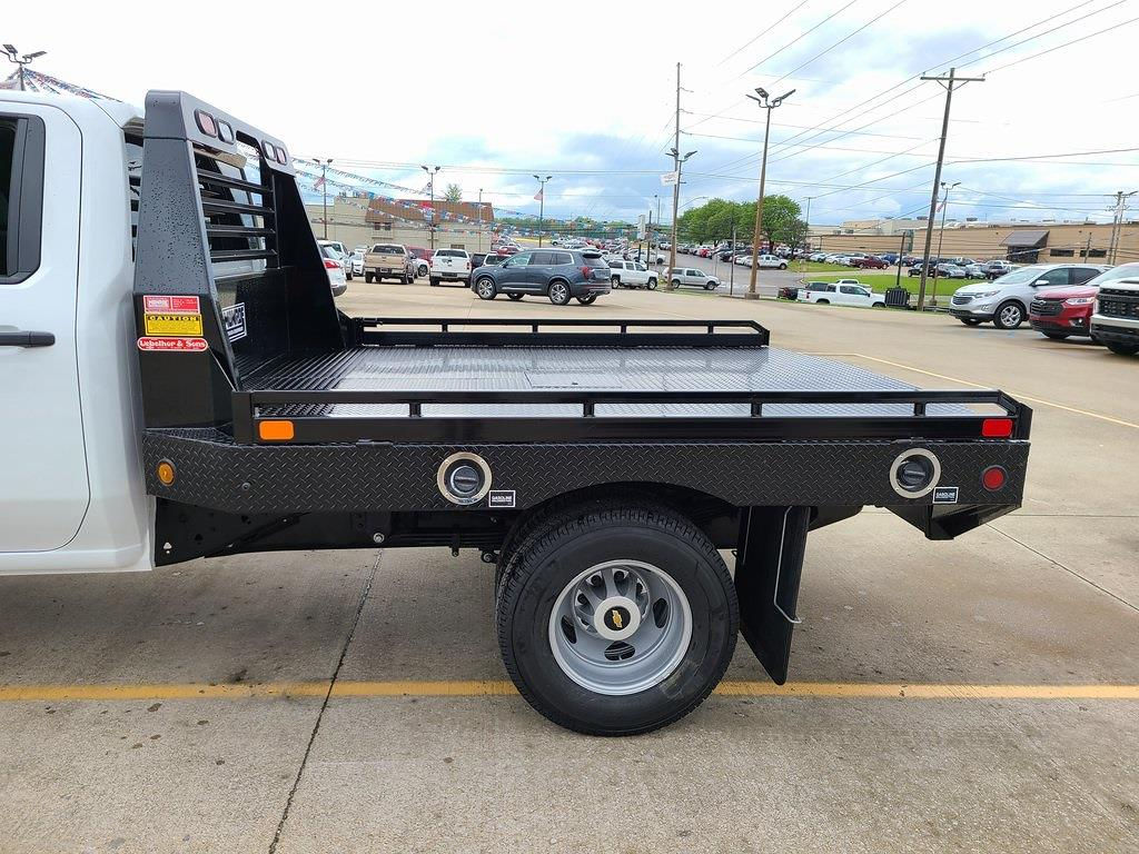 2021 Chevrolet Silverado 3500 Crew Cab 4x4, Hillsboro GII Steel Platform Body #ZT10798 - photo 5