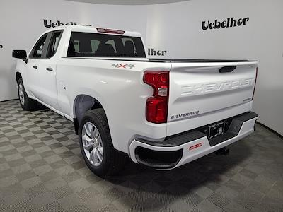 2021 Chevrolet Silverado 1500 Double Cab 4x4, Pickup #ZT10928 - photo 2