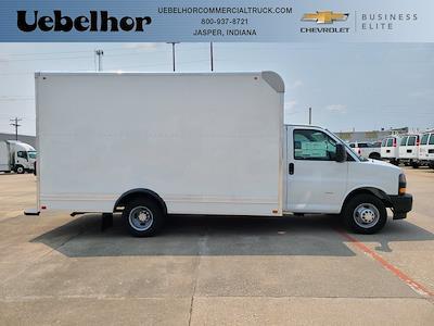 2021 Chevrolet Express 3500 4x2, Bay Bridge Cutaway Van #ZT11322 - photo 1
