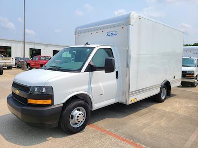 2021 Chevrolet Express 3500 4x2, Bay Bridge Cutaway Van #ZT11322 - photo 3