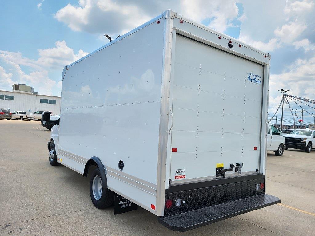 2021 Chevrolet Express 3500 4x2, Bay Bridge Cutaway Van #ZT11323 - photo 4