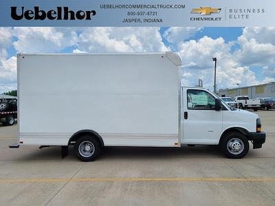 2021 Chevrolet Express 3500 4x2, Bay Bridge Cutaway Van #ZT11323 - photo 1