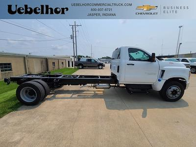 2021 Chevrolet Silverado 6500 Regular Cab DRW 4x2, Cab Chassis #ZT11437 - photo 1