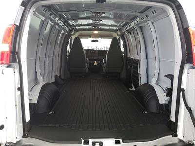 2018 Chevrolet Express 3500 4x2, Empty Cargo Van #ZT2534 - photo 2