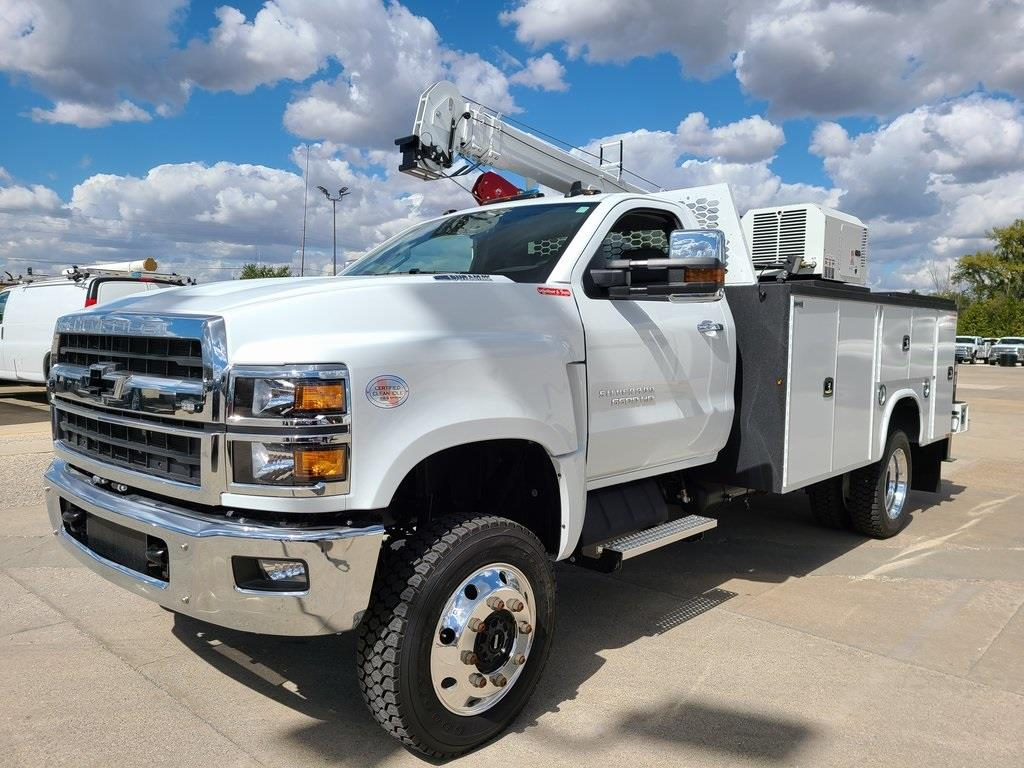 2019 Chevrolet Silverado 6500 Regular Cab DRW 4x4, Knapheide Crane Body Mechanics Body #ZT6014 - photo 1