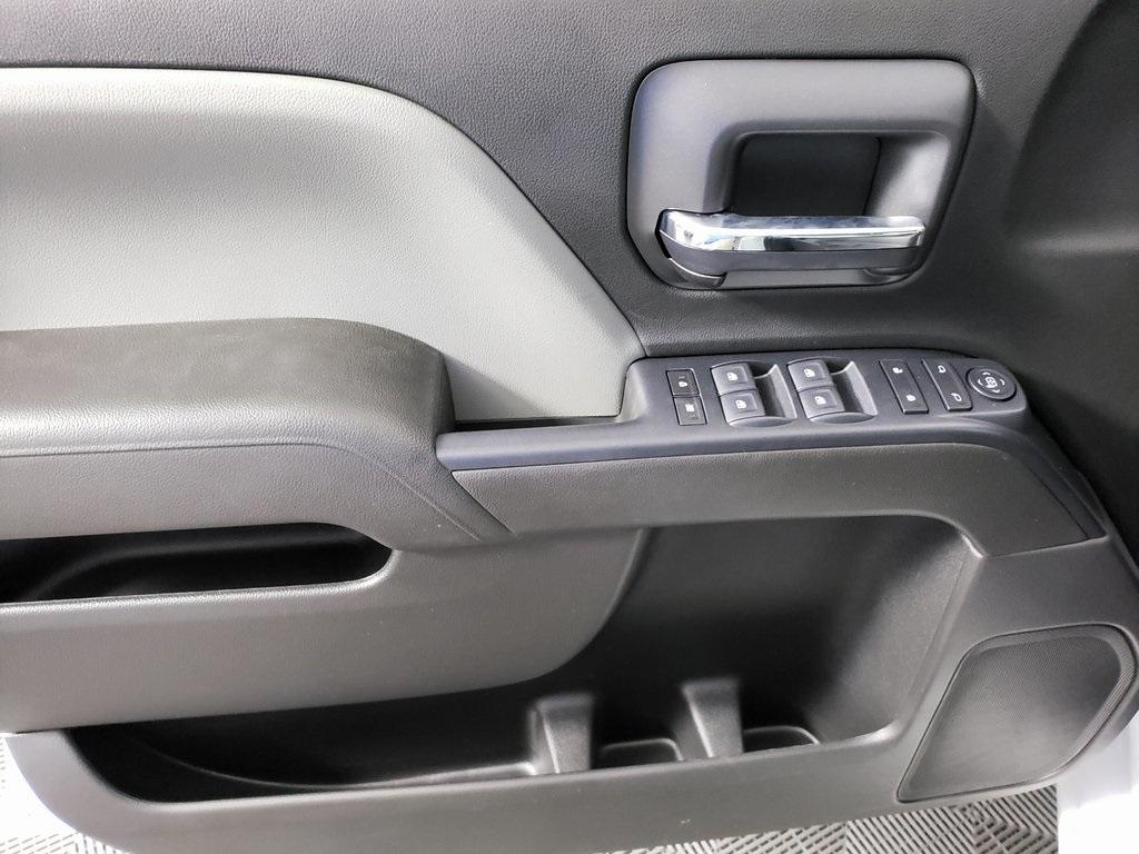 2019 Chevrolet Silverado 2500 Double Cab 4x2, Reading SL Service Body #ZT6500 - photo 9