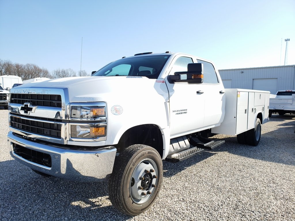 2019 Chevrolet Silverado 4500 Crew Cab DRW 4x4, Reading SL Service Body #ZT6548 - photo 3