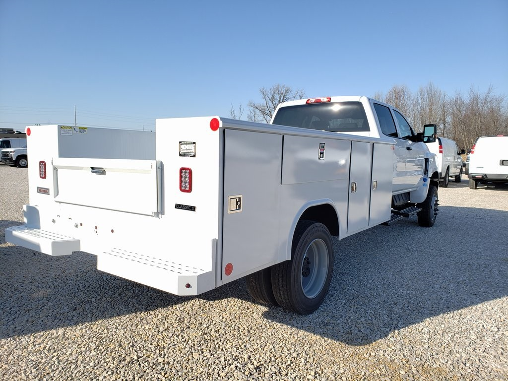 2019 Chevrolet Silverado 4500 Crew Cab DRW 4x4, Reading SL Service Body #ZT6548 - photo 2