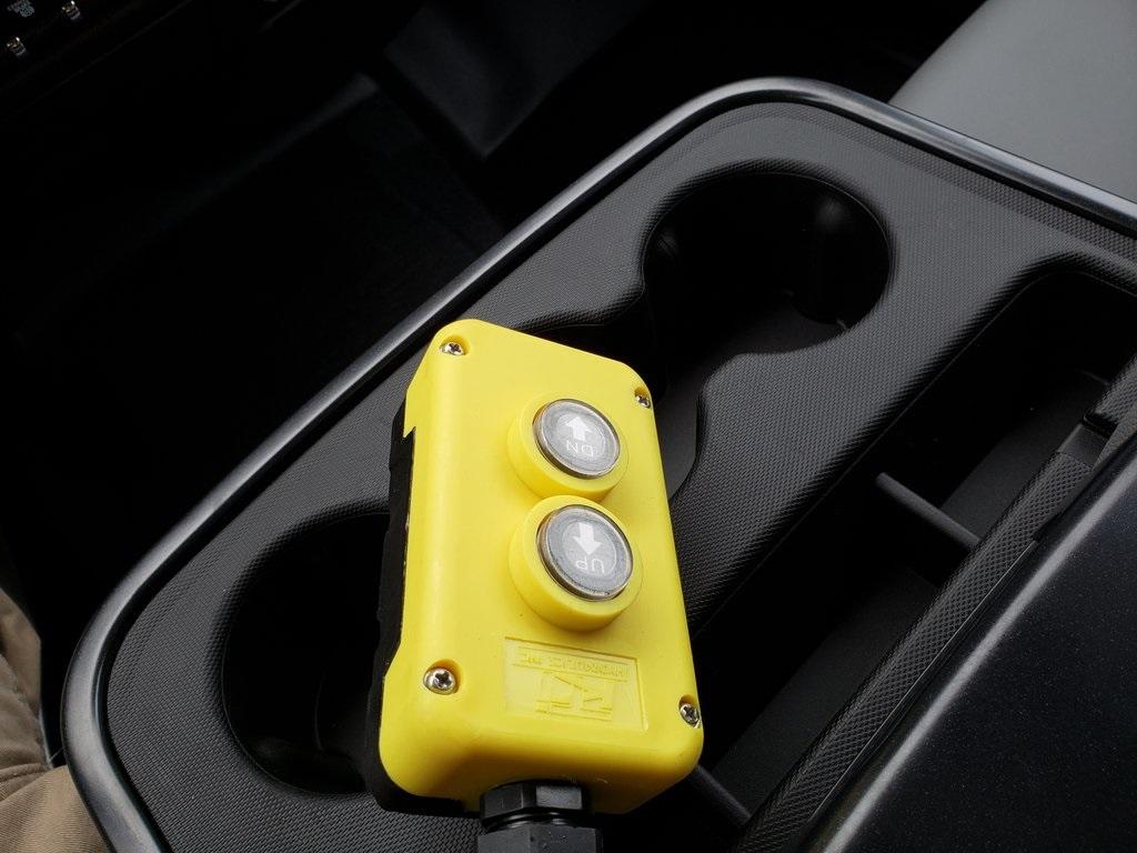 2019 Chevrolet Silverado 4500 Crew Cab DRW 4x4, Monroe MTE-Zee Dump Body #ZT6724 - photo 16