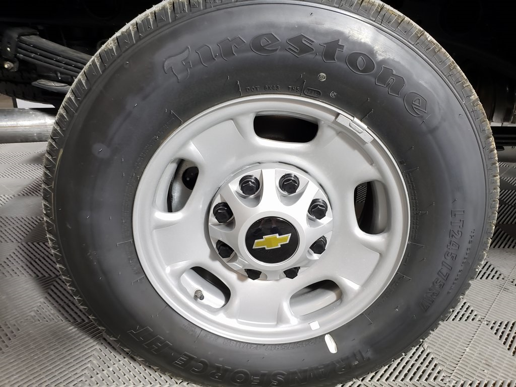 2019 Chevrolet Silverado 2500 Double Cab 4x2, Reading SL Service Body #ZT6929 - photo 6