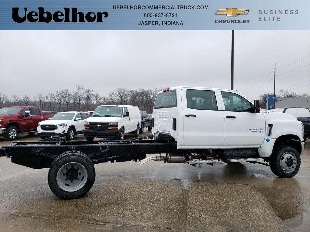 2020 Chevrolet Silverado 5500 Crew Cab DRW 4x4, Cab Chassis #ZT7355 - photo 1