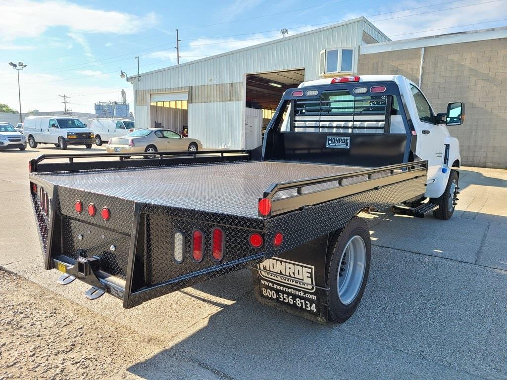 2020 Chevrolet Silverado 5500 Regular Cab DRW 4x2, Hillsboro Platform Body #ZT7357 - photo 2