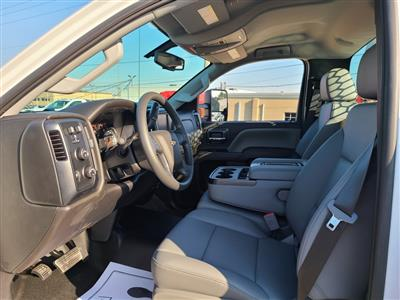2020 Chevrolet Silverado 4500 Regular Cab DRW 4x4, Knapheide PGNB Gooseneck Platform Body #ZT8241 - photo 10