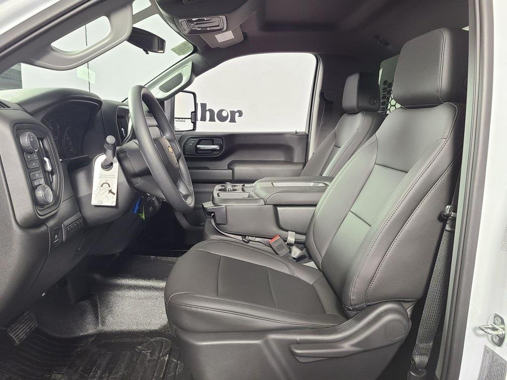 2020 Chevrolet Silverado 3500 Regular Cab DRW 4x4, Knapheide PGNB Gooseneck Platform Body #ZT8403 - photo 9