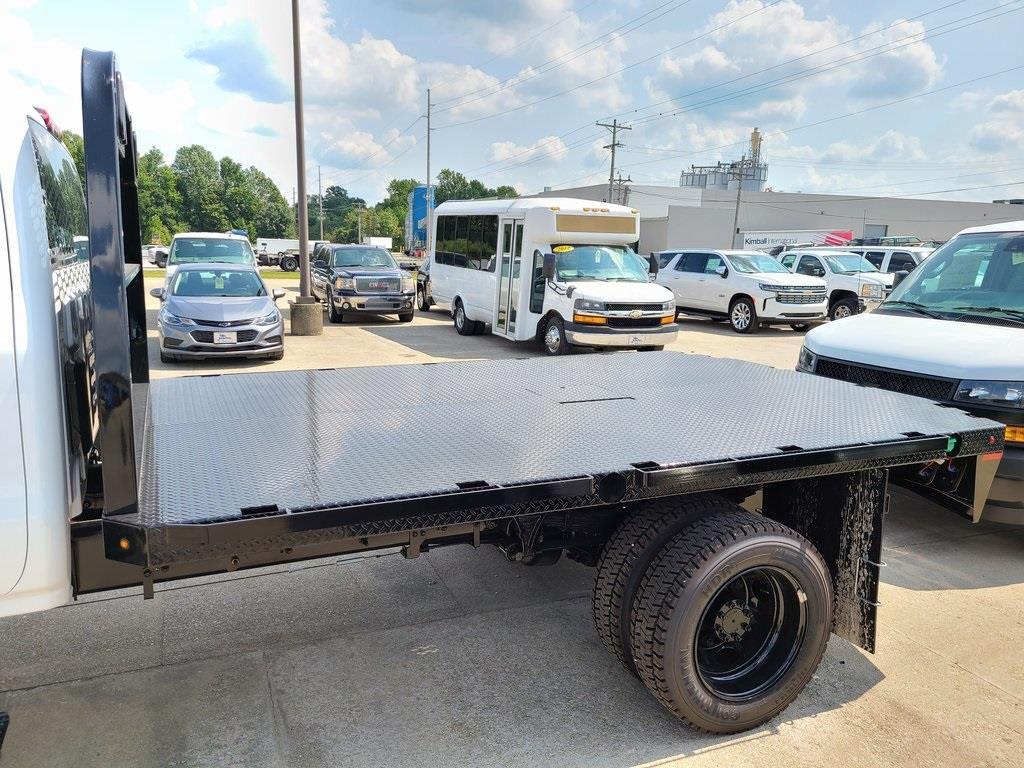 2020 Chevrolet Silverado 4500 Crew Cab DRW 4x4, Knapheide PGNB Gooseneck Platform Body #ZT8429 - photo 5