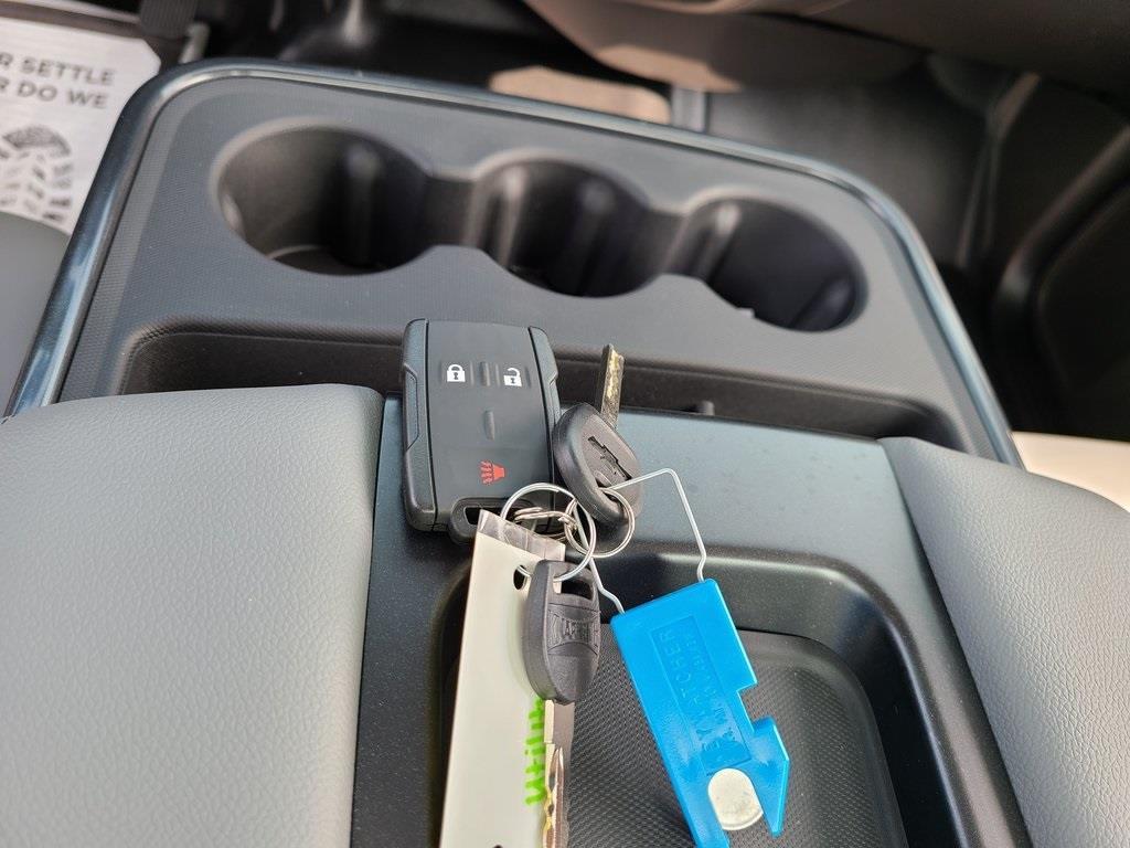 2020 Chevrolet Silverado 5500 Regular Cab DRW 4x2, Knapheide Steel Service Body #ZT8483 - photo 13