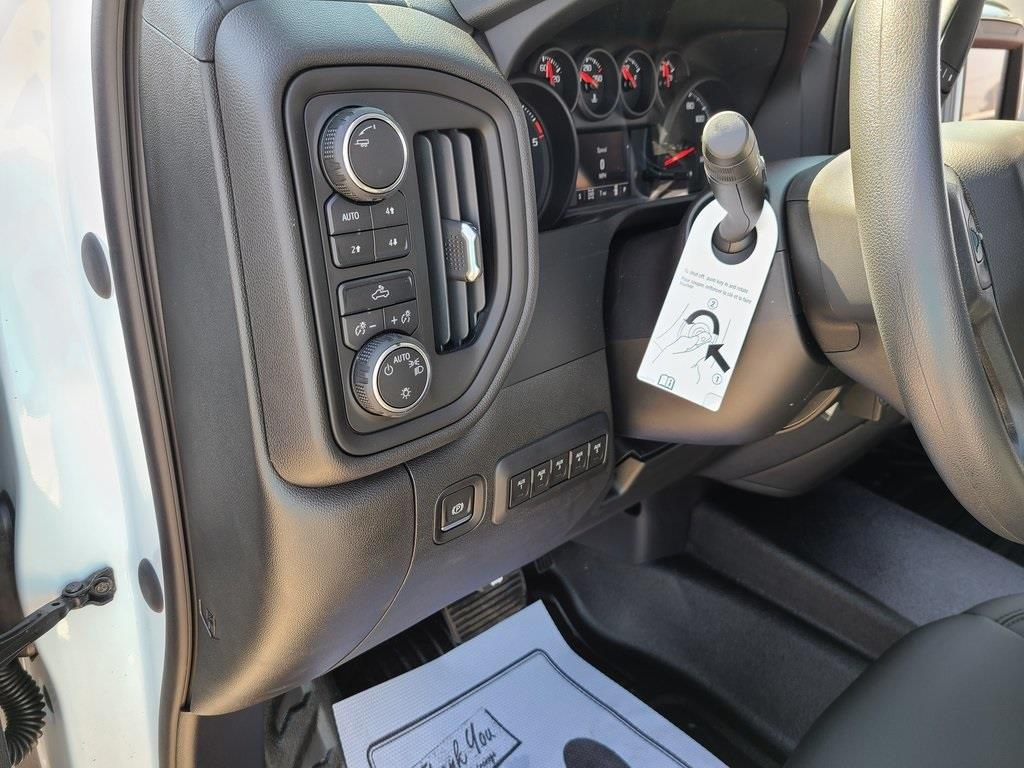 2020 Chevrolet Silverado 3500 Crew Cab DRW 4x4, Reading Service Body #ZT8550 - photo 11