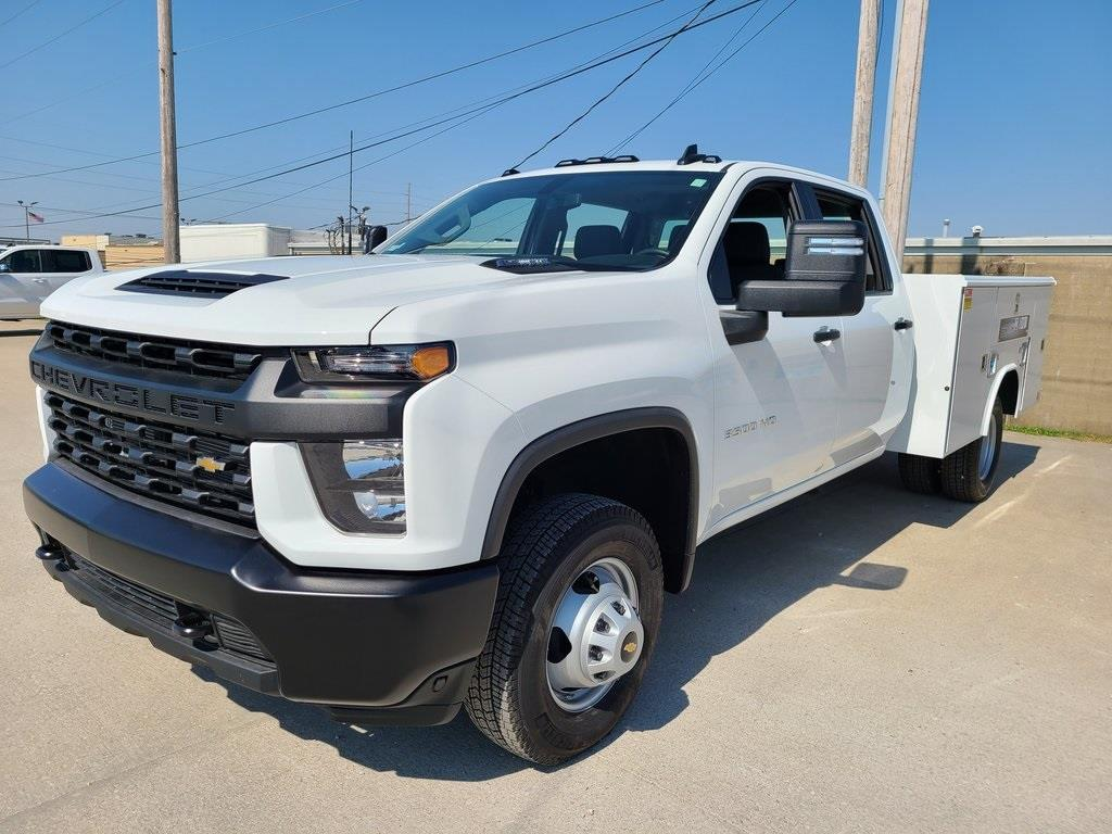 2020 Chevrolet Silverado 3500 Crew Cab DRW 4x4, Reading Service Body #ZT8550 - photo 3