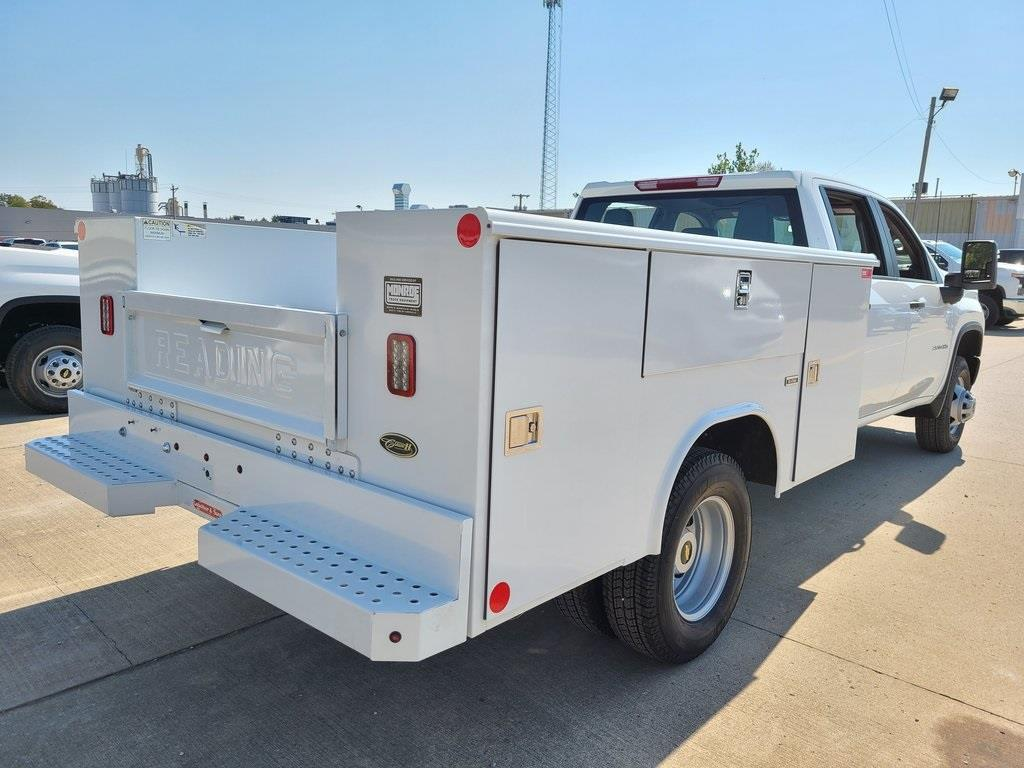 2020 Chevrolet Silverado 3500 Crew Cab DRW 4x4, Reading Service Body #ZT8550 - photo 2