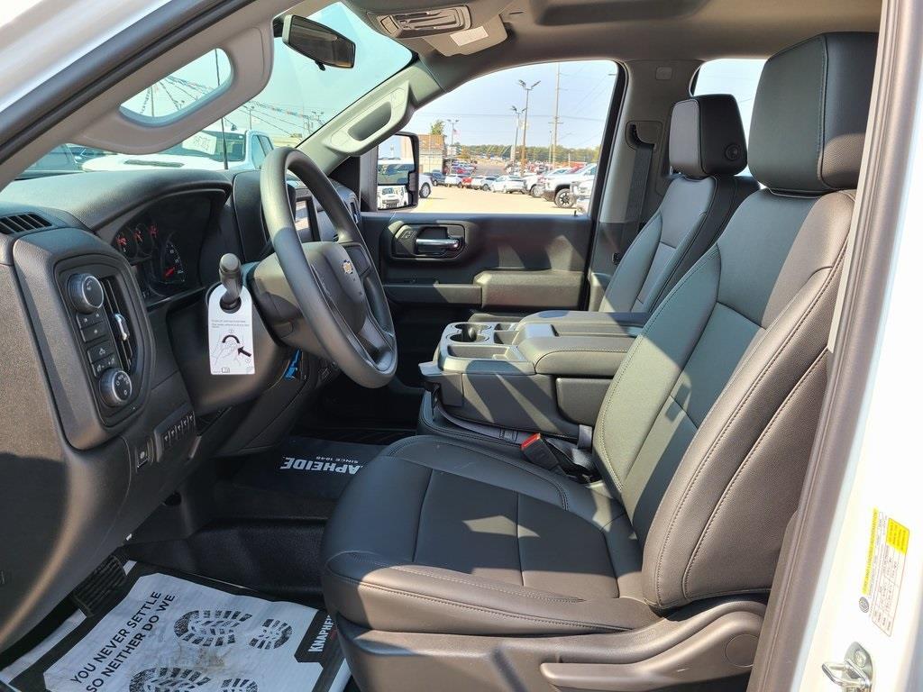 2020 Chevrolet Silverado 3500 Crew Cab DRW 4x4, Knapheide PGNB Gooseneck Platform Body #ZT8740 - photo 11