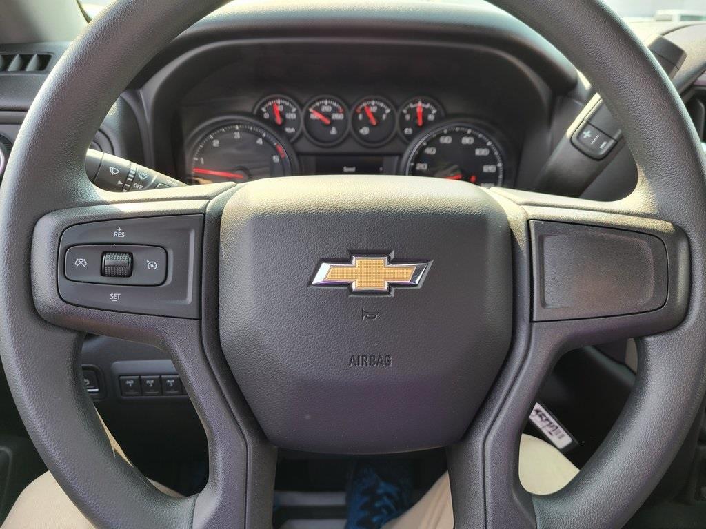 2020 Chevrolet Silverado 3500 Crew Cab DRW 4x4, Knapheide PGNB Gooseneck Platform Body #ZT8740 - photo 13