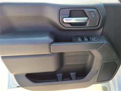 2020 Chevrolet Silverado 3500 Crew Cab DRW 4x4, Knapheide PGNB Gooseneck Platform Body #ZT8740 - photo 10