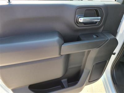 2020 Chevrolet Silverado 3500 Crew Cab DRW 4x4, Knapheide PGNB Gooseneck Platform Body #ZT8740 - photo 7