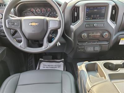 2020 Chevrolet Silverado 3500 Crew Cab DRW 4x4, Knapheide PGNB Gooseneck Platform Body #ZT8740 - photo 9