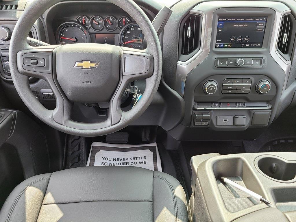 2020 Chevrolet Silverado 3500 Crew Cab DRW 4x4, Knapheide PGNB Gooseneck Platform Body #ZT8741 - photo 13