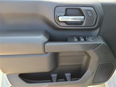 2020 Chevrolet Silverado 3500 Crew Cab DRW 4x4, Knapheide PGNB Gooseneck Platform Body #ZT8741 - photo 10