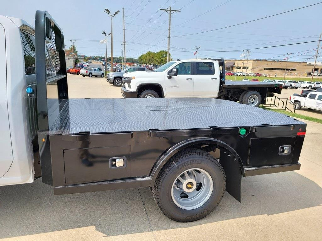 2020 Chevrolet Silverado 3500 Crew Cab DRW 4x4, Knapheide PGNC Gooseneck Platform Body #ZT8777 - photo 5