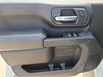 2020 Chevrolet Silverado 3500 Crew Cab DRW 4x4, Knapheide PGNC Gooseneck Platform Body #ZT8777 - photo 10