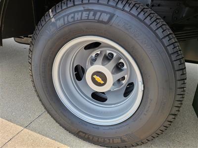 2020 Chevrolet Silverado 3500 Crew Cab DRW 4x4, Knapheide PGNC Gooseneck Platform Body #ZT8777 - photo 7